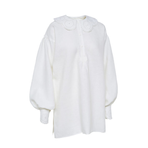 Dzūkiški moteriški siuvinėti marškiniai Mrš9